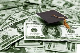 """PennyHoarder's """"Frugal Student"""" Scholarship"""